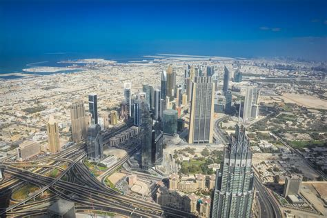 How to Enjoy the Amazing View from the Top of Burj Khalifa?