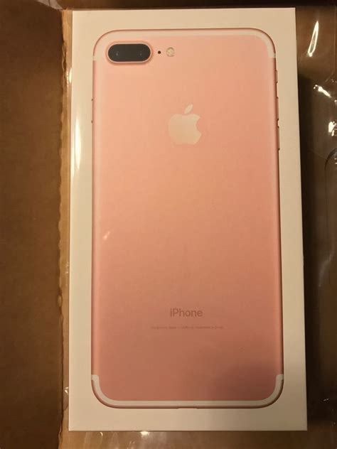 Selling: IPHONE 7S- 500