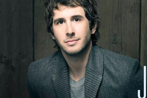 Josh Groban Is Shutting Down Trump Supporters Left And