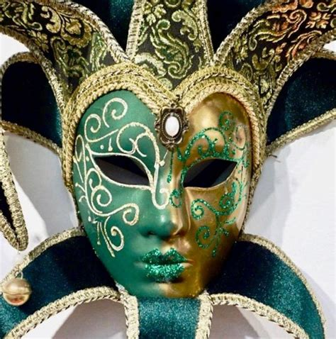 Venetian Green and Gold Modern Mask with Jester Collar and