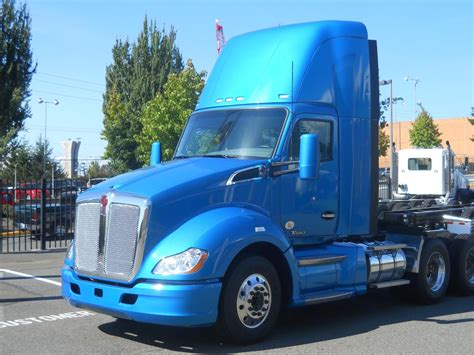 New Kenworth T680 DayCab Increases Fuel Economy | BigRigVin