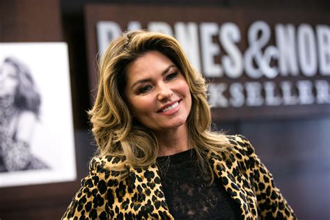 Shania Twain Apologizes After Saying She'd Vote Donald