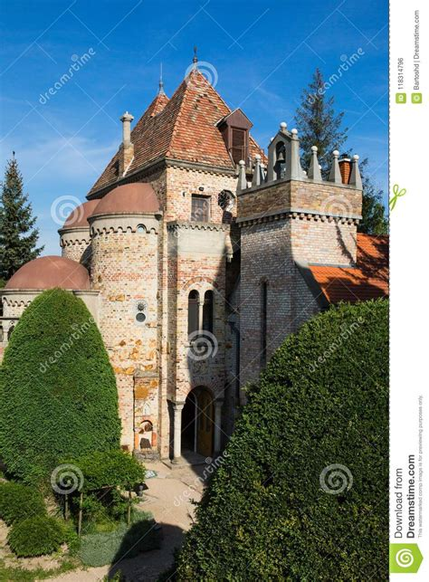 Bory Var, Graceful Castle Built By One Man Bory Jeno In